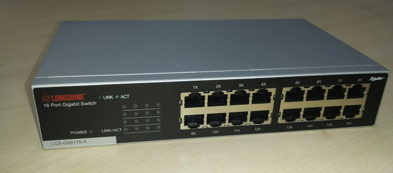 Longshine LCS-GS8116-A - 16 Port Gigabit Switch im 10 Zoll Format