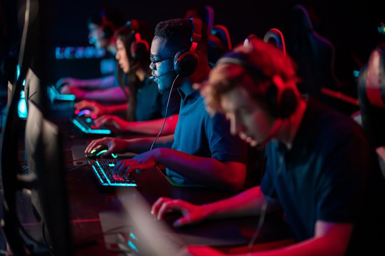 In Sport-Simulationen aber auch zunehmend bei Fantasy-Spielen wollen Spieler eher durch ihre Skills glänzen als durch Glück.